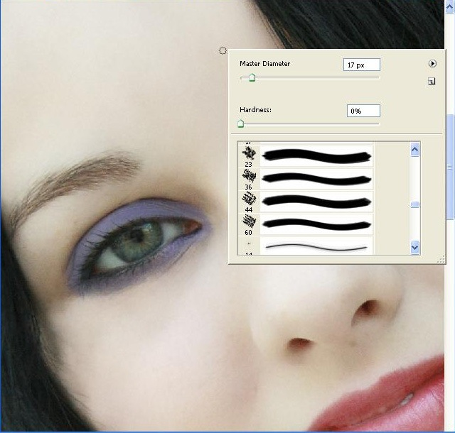 eyeshadowbrushexample thumb Applying Makeup in Photoshop using Brushes
