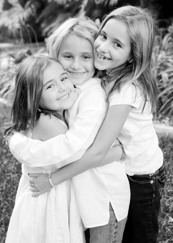 073bw Capturing Beautiful Images of Siblings