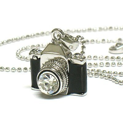 camera necklace Top 20 Hottest Holiday Gift Ideas for Photographers for $50 or Less