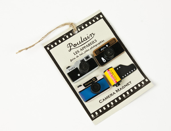 wooden camera gift set 6b39.0000001286500451 Top 20 Hottest Holiday Gift Ideas for Photographers for $50 or Less