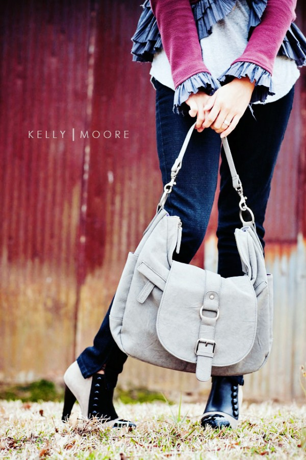 Kelly Moore Camera Bag giveaway
