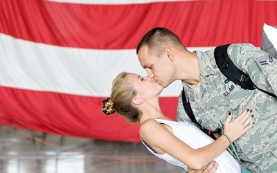 5 Tips to Successfully Photograph Military Homecomings