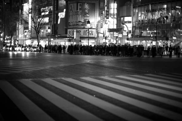 25 dark shibuya crossing Inside Tokyo: One Photographers View