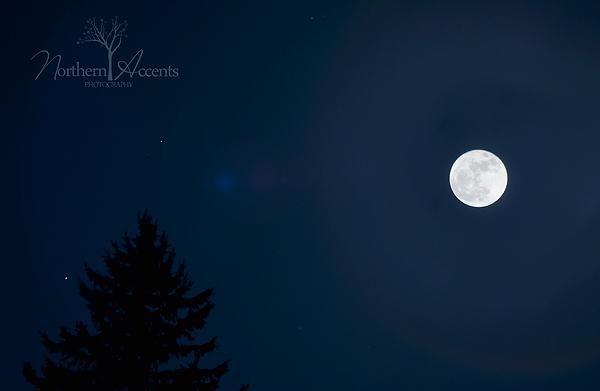 combining exposures of the moon