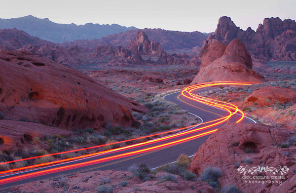 desert streaks1 Night Photography: How to Take Successful Pictures at Dark   Part 1