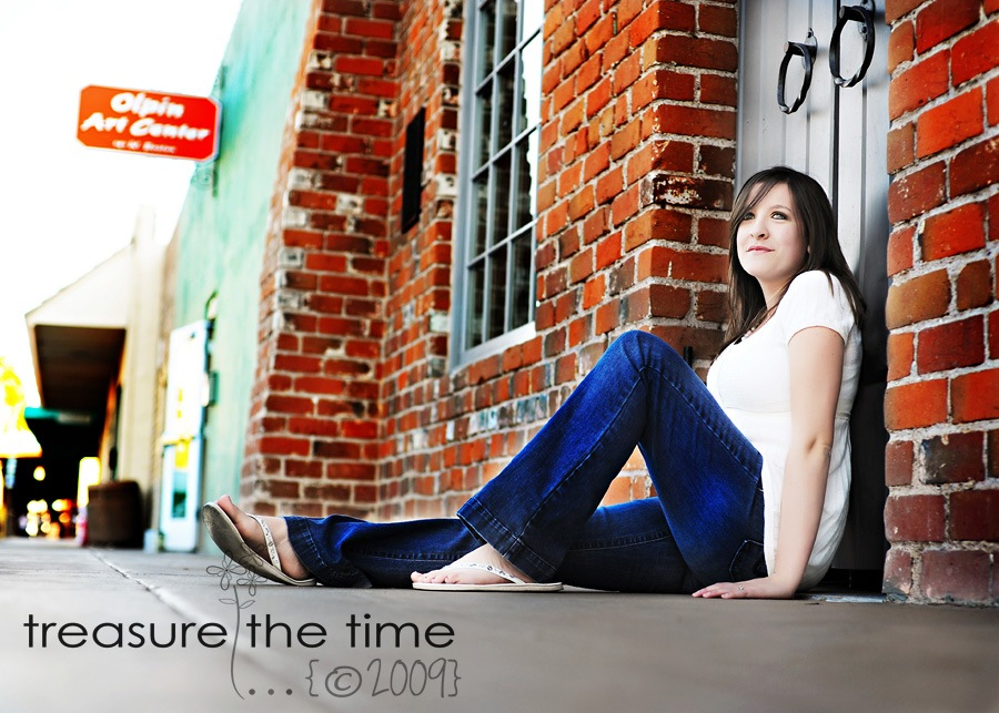 senior23 thumb Senior Photography: How to Find Great Locations