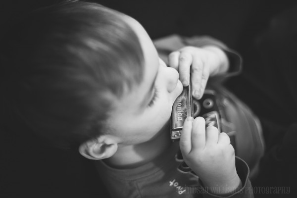 finley harmonica 600x400 Stop Following the Rules of Photography to Start Capturing Photos You Love