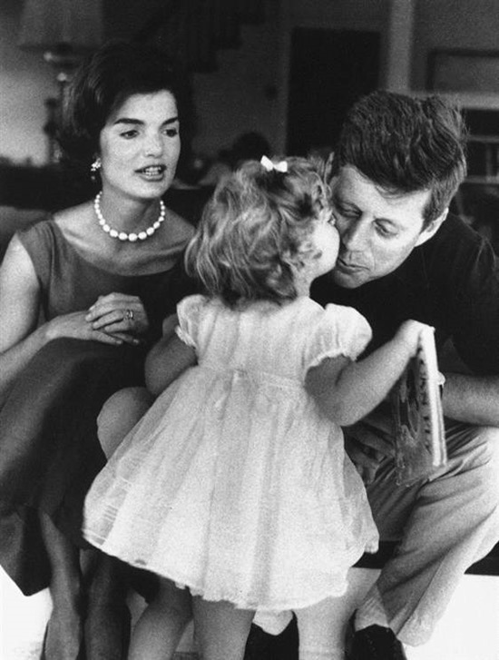 110912-kennedys-vlarge-2a.grid-7x2 JFK's life remembered through rare Jacques Lowe photographs Exposure