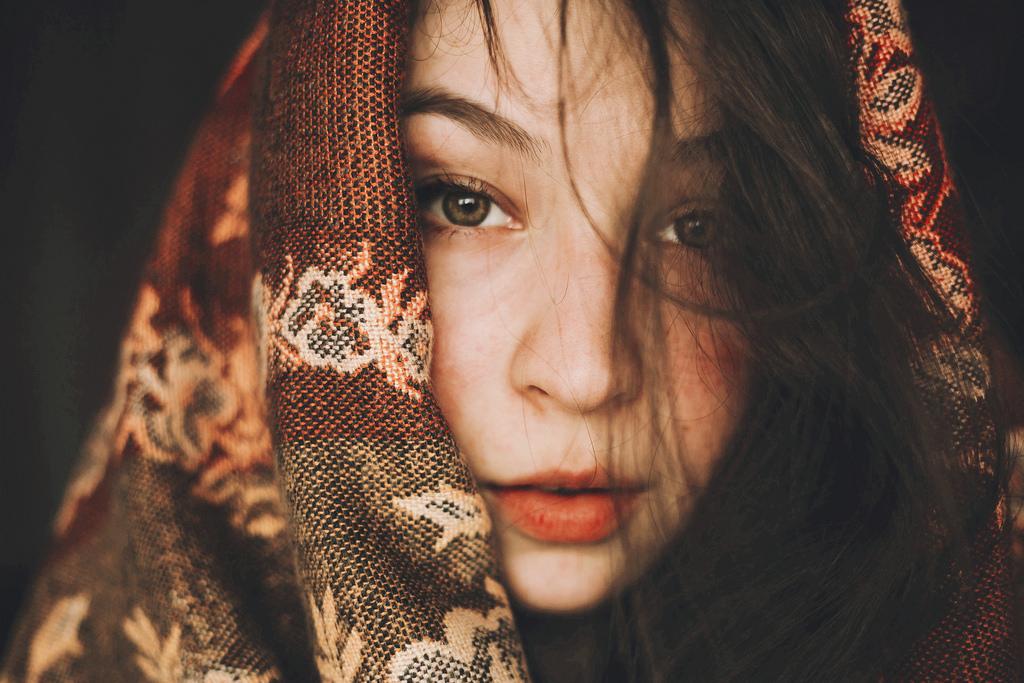 32648372384_f6b40ca1ef_b How to Take Striking Self-Portraits Photography Tips