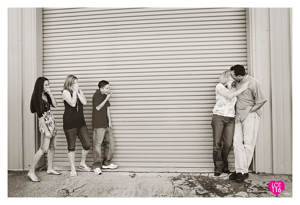 800604406_T6z7z-M-1 How to Capture Kissing Photos Without Awkwardness Activities Guest Bloggers Photography Tips