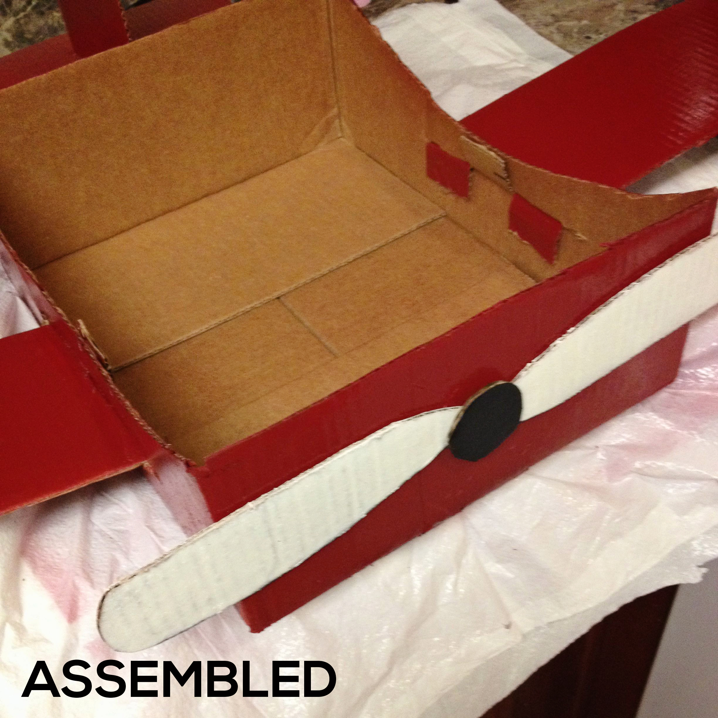 ASSEMBLED Make a DIY Box Airplane Prop for Newborn Photography Guest Bloggers Photography Tips Uncategorized