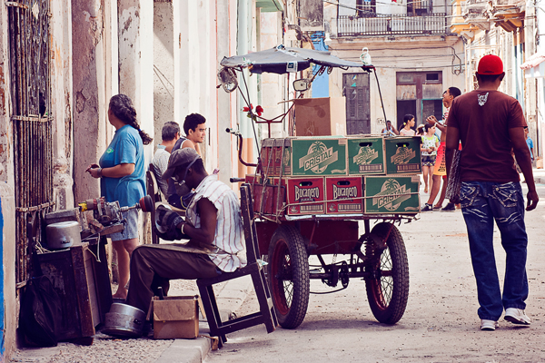 DHA5160 Travel Photography: Habana, Cuba - The People Guest Bloggers Photography Tips