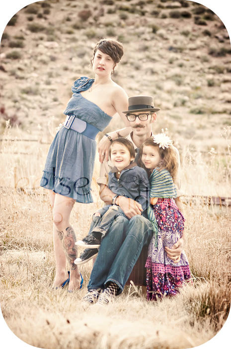 Family-W2W What to Wear: How to Dress for Family Pictures Guest Bloggers Photography Tips