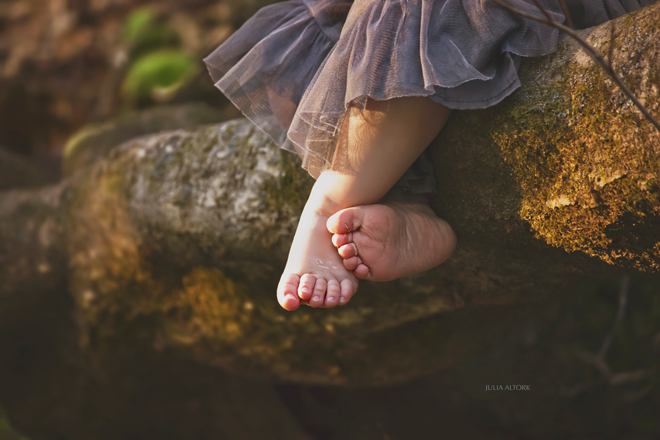 Feet2_Web 7 Ways to Capture Emotion in Your Photography Guest Bloggers Photography Tips Photoshop Tips & Tutorials
