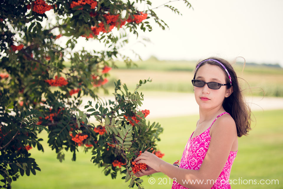 Friske-Orchards-25-web 13 Tips on How to Easily Photograph People in Glasses Photography Tips Photoshop Tips & Tutorials