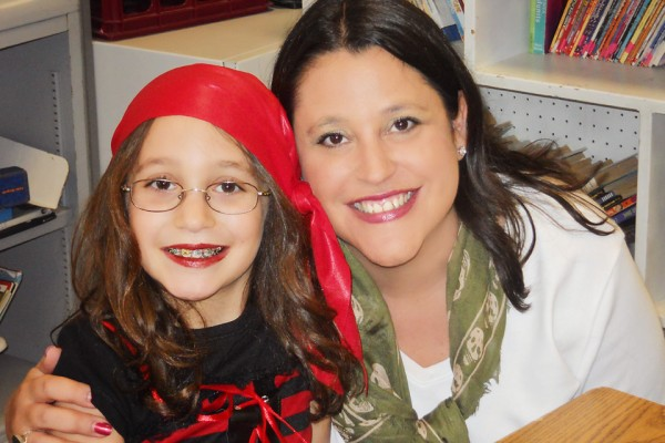 Halloween-Ellie-and-Mommy-web-600x400 Get in Photos with Your Family: There are NO Second Chances MCP Thoughts