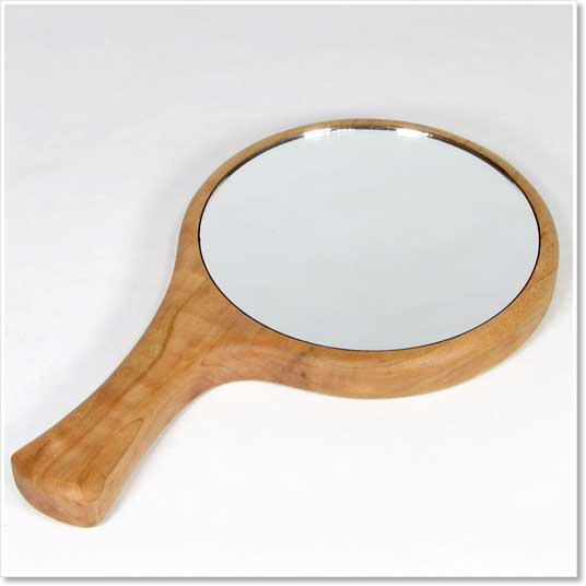 HandMirror 14 Unusual Items That Will Make You A Better Portrait Photographer Guest Bloggers Photography Tips