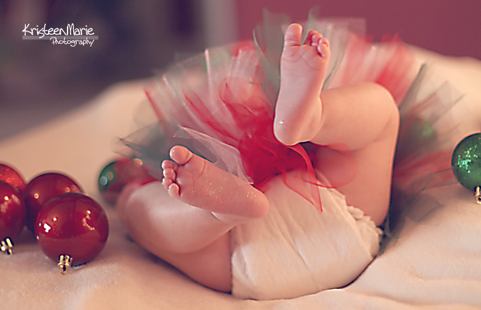 IMG_6224_e4-copy 5 Tips for the Perfect Newborn Holiday Picture Guest Bloggers Photography Tips
