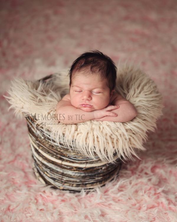 IMG_7316-fur 7 Essential Newborn Photography Props to Start Your Collection Guest Bloggers Photo Sharing & Inspiration Photography Tips