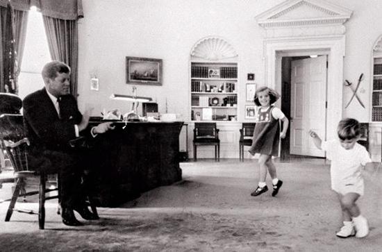 JFK-with-kids JFK's life remembered through rare Jacques Lowe photographs Exposure