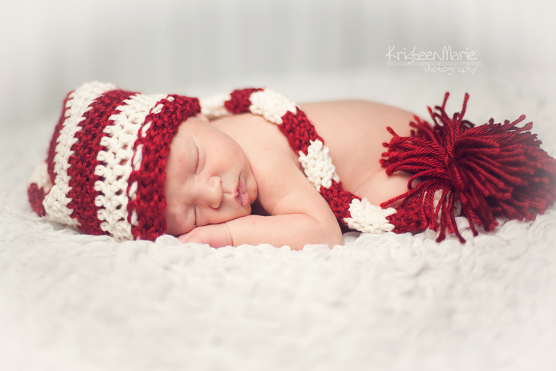 KristeenMaire-Photography-7082-l 5 Tips for the Perfect Newborn Holiday Picture Guest Bloggers Photography Tips