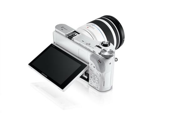 Samsung-NX300-mirrorless-camera Samsung NX300 mirrorless camera revealed alongside 20.3MP sensor News and Reviews