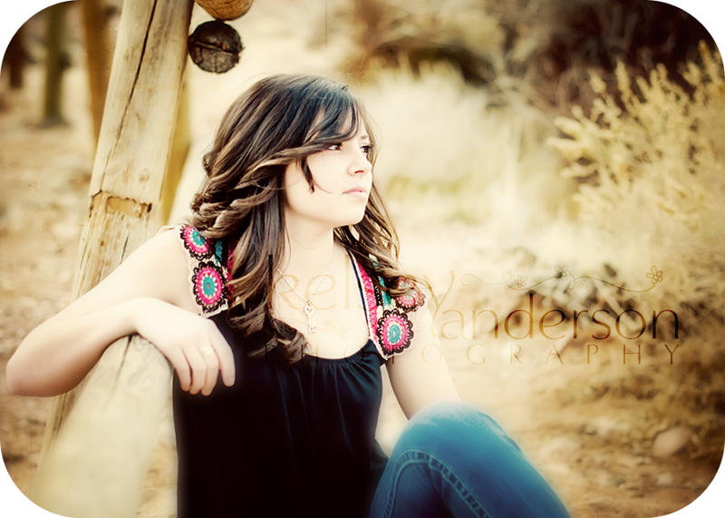 Senior-W2W What to Wear: How to Dress Teens and Seniors for a Portrait Session Guest Bloggers Photography Tips