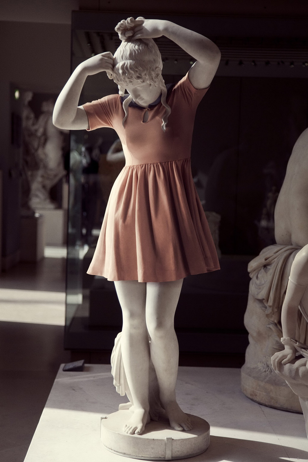 ancient-greek-female-statue Ancient Greeks wearing hipster clothes, courtesy of Photoshop Exposure