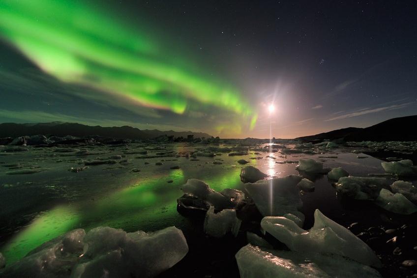 aurora-borealis Stéphane Vetter captures stunning aurora borealis photos Exposure