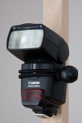 bungeeFlash1 14 Unusual Items That Will Make You A Better Portrait Photographer Uncategorized