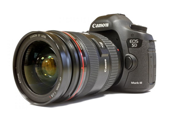Canon 5D Mark III successor rumors
