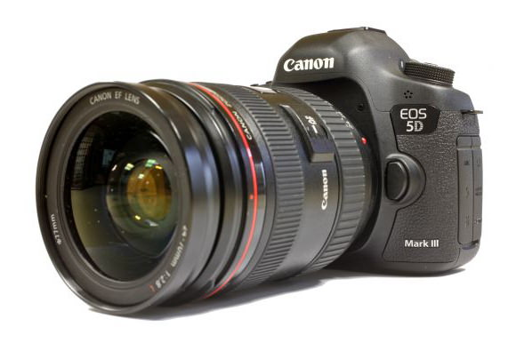 Canon 5D Mark IV release date