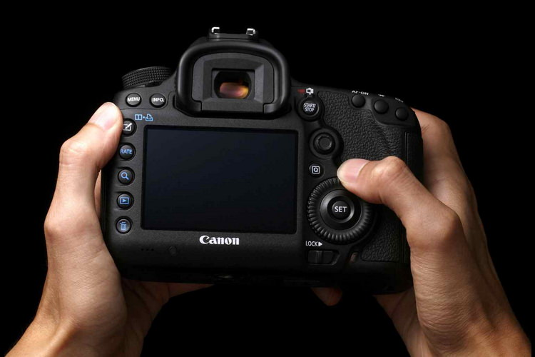 canon 5d mark iv specs rumors
