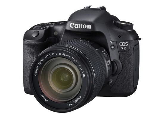 canon-7d-15-85mm-kit New Canon 7D Mark II details leaked, including more specs Rumors