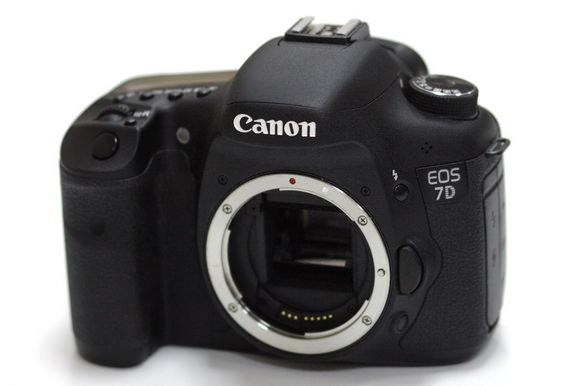 Canon 7D Mark II release date rumor