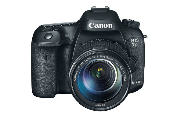 canon-7d-mark-ii Upcoming Canon 7D Mark II firmware update to fix autofocus issues Rumors