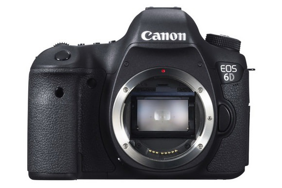 Canon EOS 6D front