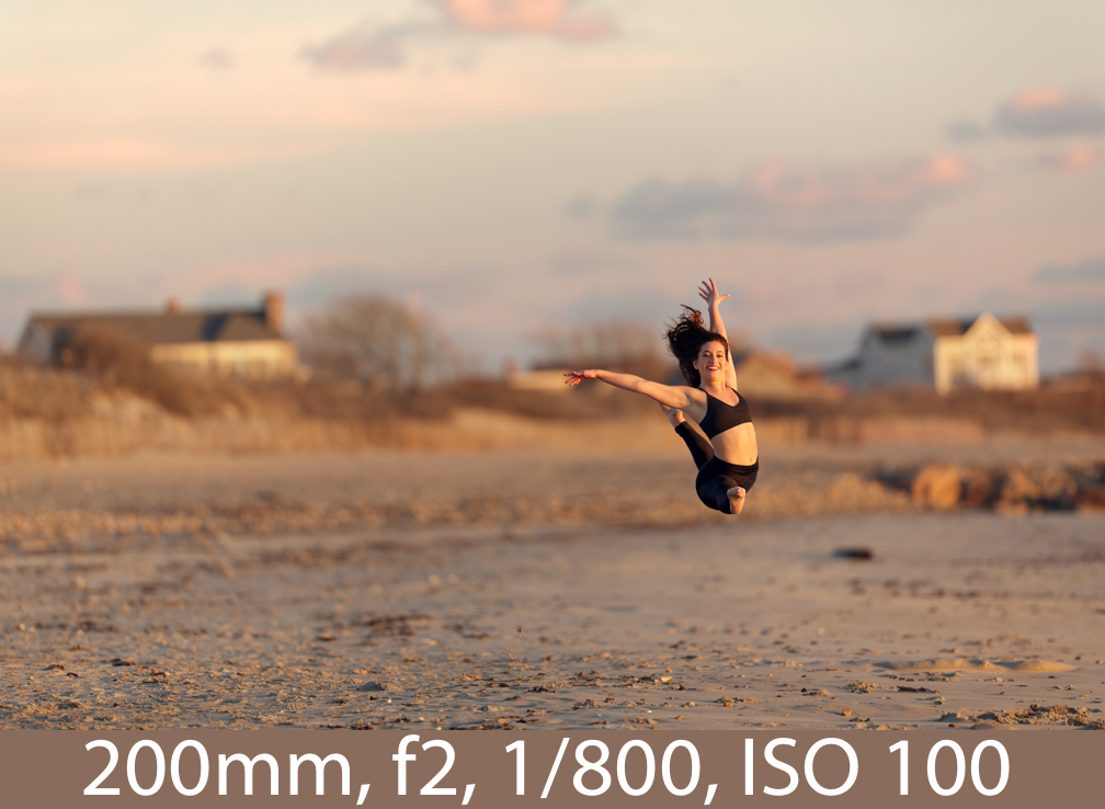 An example of how subject distance from background can affect background blur