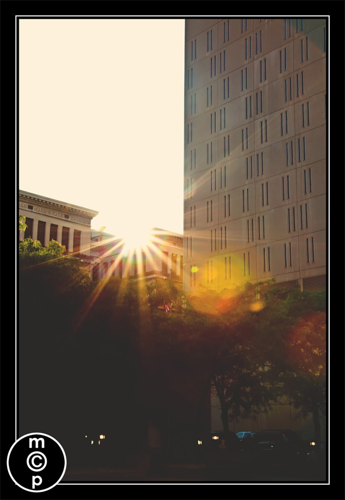 downtown107-thumb Sun Burst Style Sun Flare: 10 Sure Fire Tips to Achieve It Photo Sharing & Inspiration Photography Tips Photoshop Tips & Tutorials