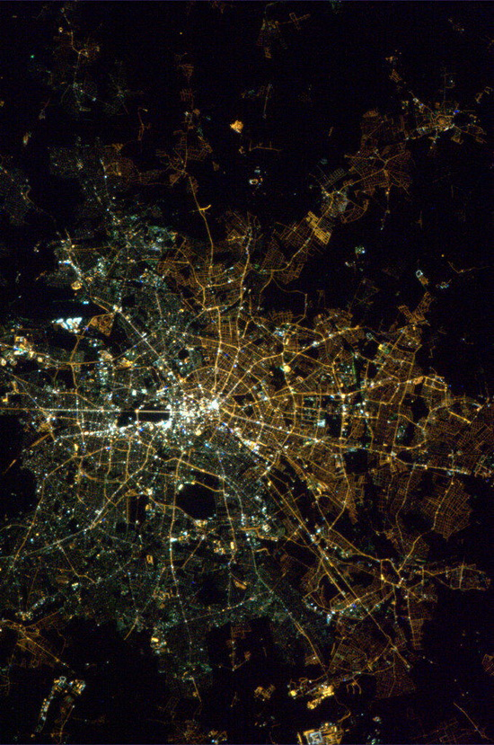 east-west-germany-division-seen-from-space East / West Germany division can still be seen from space Fun
