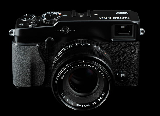 fujifilm-full-frame-rumor Fujifilm full frame mirrorless camera is in development Rumors