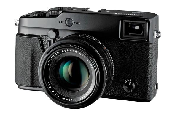 Fujifilm X-Pro1 replacement delayed
