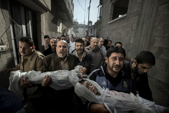 gaza-funeral World Press Photo set to change post-processing rules in 2014 News and Reviews