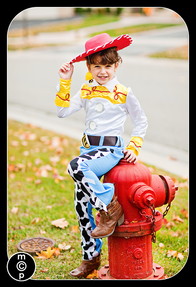 halloween-night-5 80s Punk Rocker Meets Toy Story Characters Announcements Photo Sharing & Inspiration