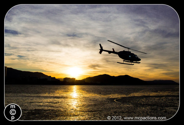 helicopter-ride-and-sandy-cay84-600x410