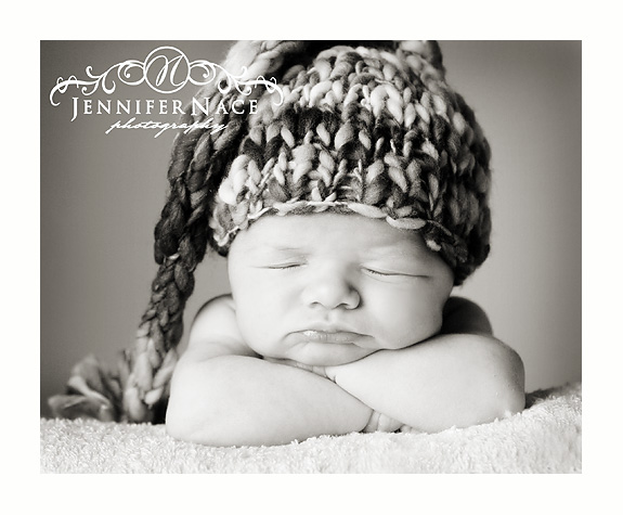 """img_5918bw What Is Your Favorite Photography PROP? Enter to win a """"Happy Hat"""" Contests"""