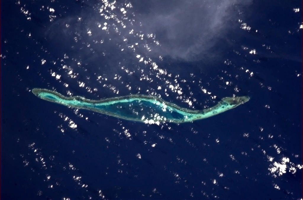 "indonesian-island Earth's beauty ""tweeted"" from the lens of an astronaut News and Reviews"