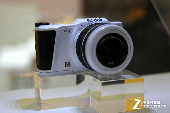 kodak-pixpro-s1-micro-four-thirds New Kodak mirrorless camera caught in action at P&E Show 2013 News and Reviews