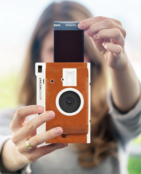 lomography-lomoinstant Lomography reveals Lomo'Instant film camera on Kickstarter News and Reviews