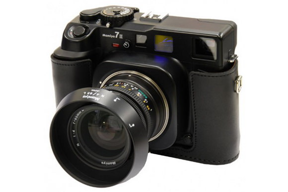 Mamiya 7II medium format rangefinder